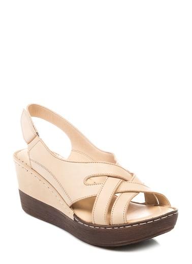 Beta - Dolgu Topuk Sandalet Ayakkabı
